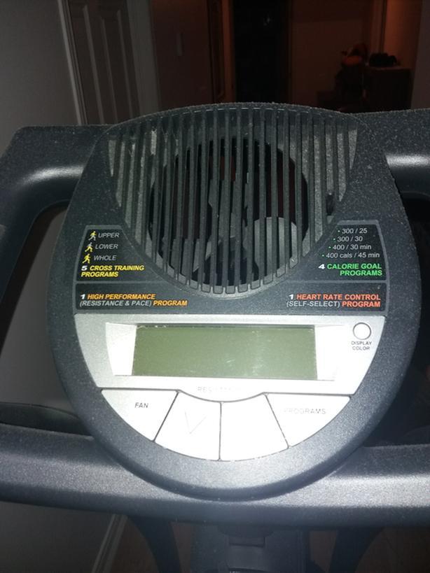 Pro form  cross trainer 600 elliptical.