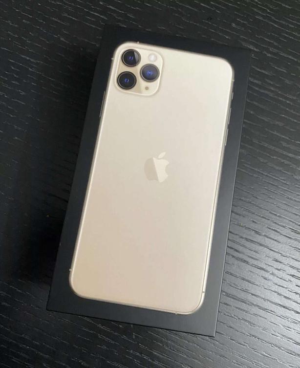 512G Iphone 11 Pro Max 10/10