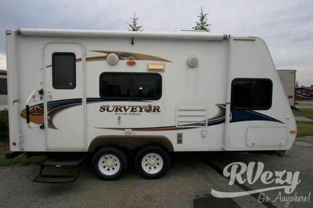 Surveyor 189SFT (Rent  RVs, Motorhomes, Trailers & Camper vans)