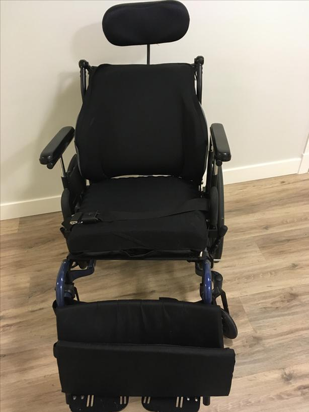 Gently Used Reclining Wheelchair
