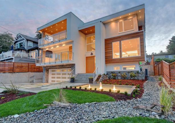 Luxury West Coast Oceanfront / Oceanview Dream Homes