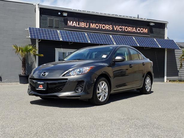 ** 2014 Mazda 3 - ONLY 55Kms. - Auto - Leather
