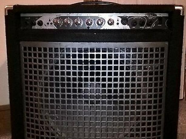 Yorkville 200W Combo Bass Amp