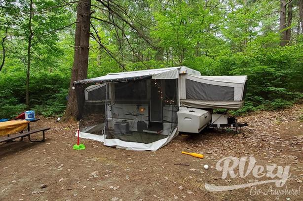 Futura Grand Pointe SS (Rent  RVs, Motorhomes, Trailers & Camper vans)