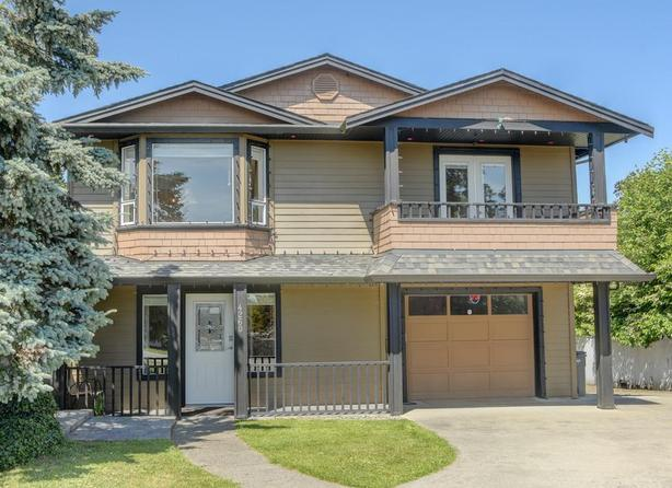 Must Sell Now Homes With Suites in Victoria & Saanich Under $900K