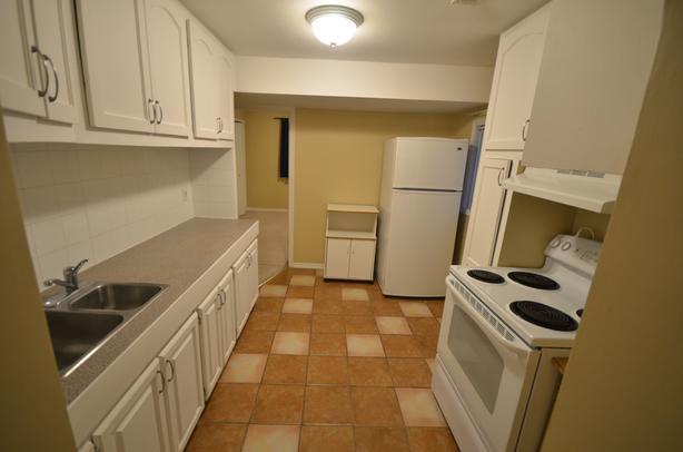 Bright 2 Bedroom Basement Suite - UTILITIES INCLUDED