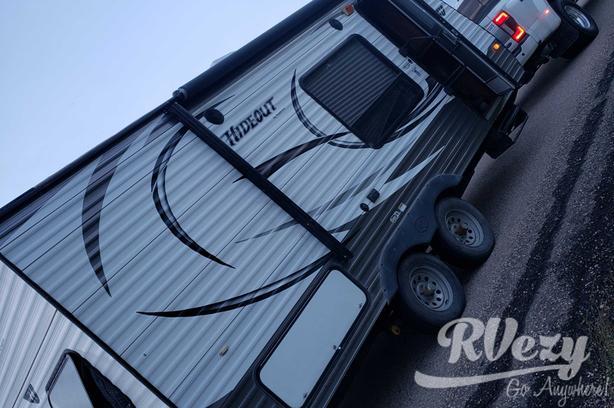 Hideout  (Rent  RVs, Motorhomes, Trailers & Camper vans)