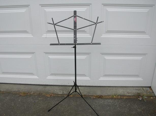 Stagg Sheet Music Stand.  (114 1813)