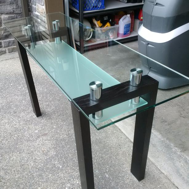 Beautiful Tempered Glass Table