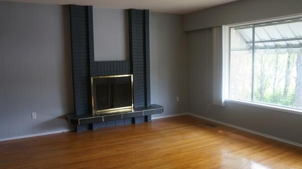 3BR, 1BA Upstairs of House - Saanich - Avail Aug 1 or Sep 1