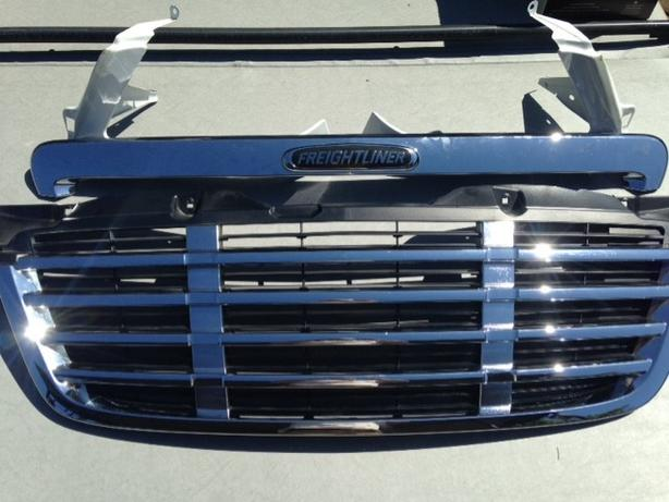 Freight Liner Grill