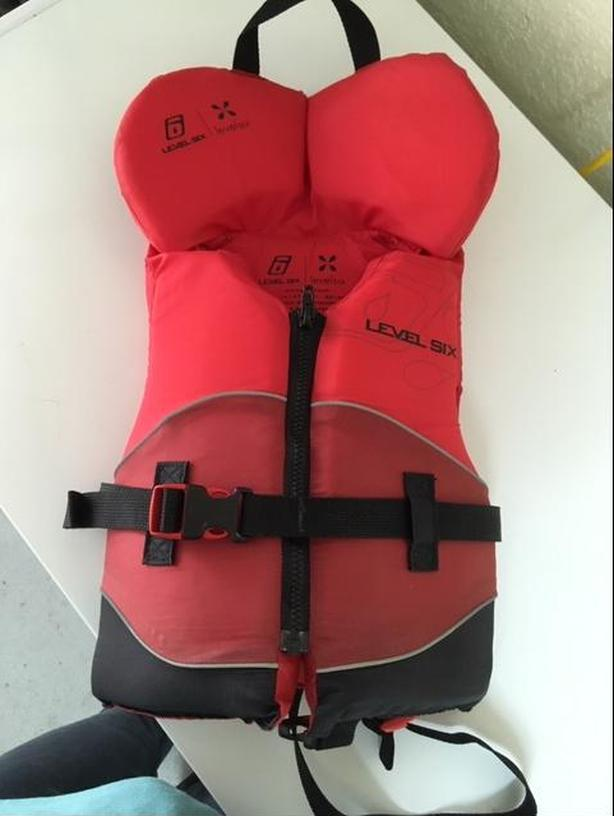 Child lifejacket