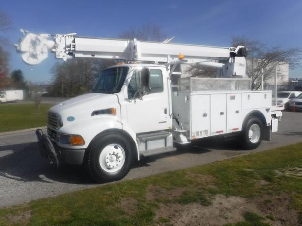 2009 Sterling Acterra Pole Clamp Boom Diesel With  Air Brakes