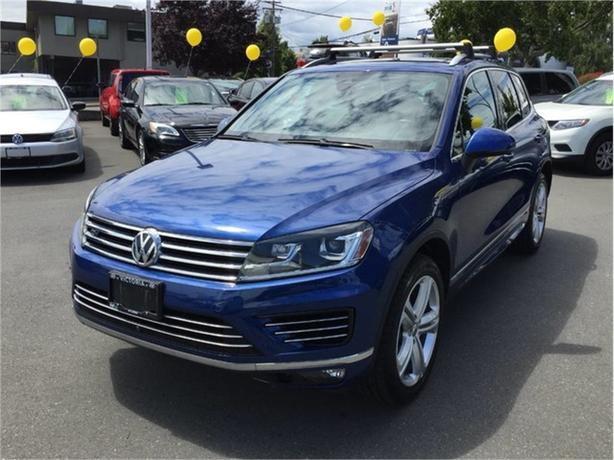 2016 Volkswagen Touareg EXECLINE! RARE PIECE! 4 BRAND NEW TIRES!