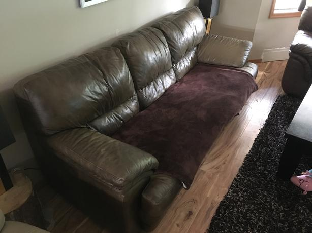FREE: Free couch