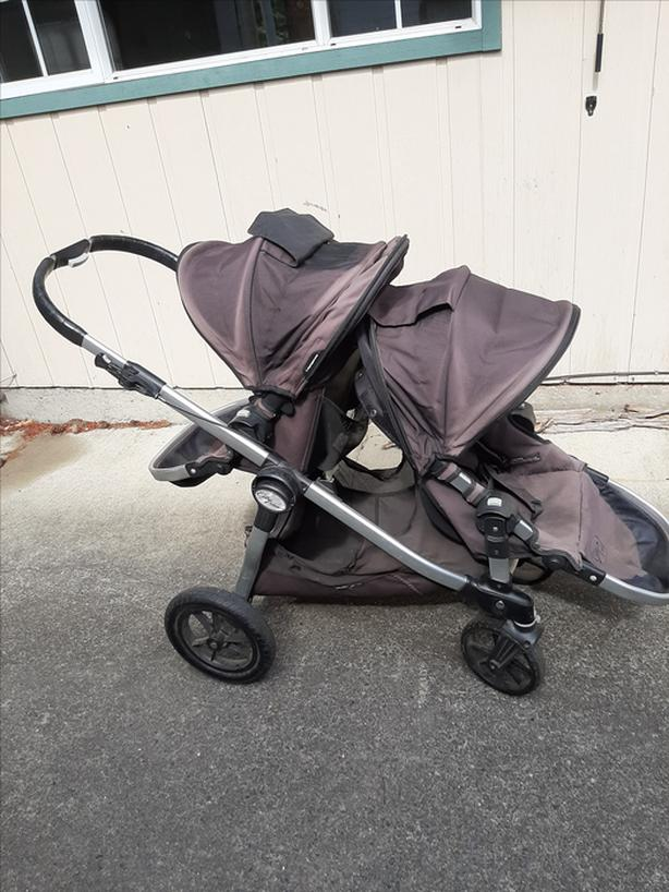 Baby Jogger City Select Double Stroller - Great Condition!!!