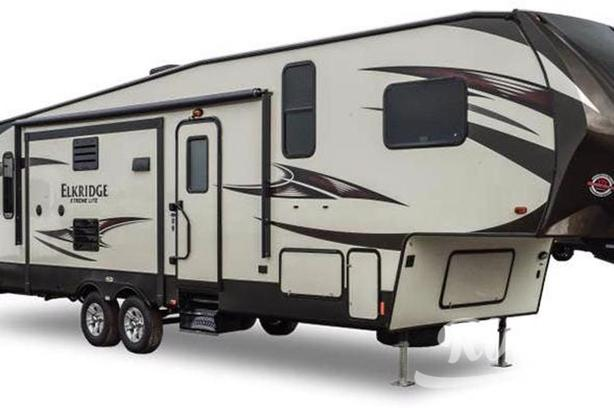 ElkRidge Xtreme Light E261 (Rent  RVs, Motorhomes, Trailers & Camper vans)