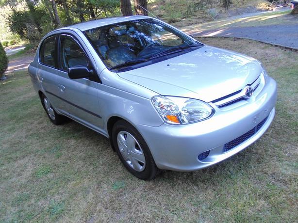 Toyota Echo 2004 low km's 4 door sedan Auto