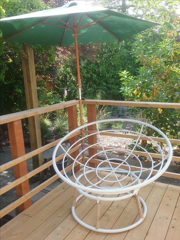 SOLD--Indoor / outdoor Pier 1 papasan chair bowl