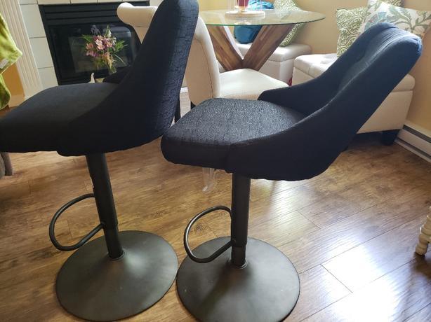 FREE: black stools