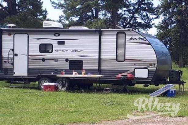 Grey wolf (Rent  RVs, Motorhomes, Trailers & Camper vans)