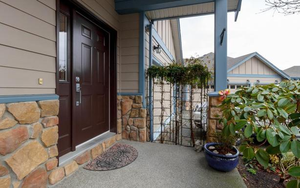 Victoria & Westshore Homes With Suites Under $569K