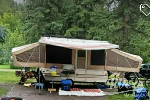 1006 deluxe (Rent  RVs, Motorhomes, Trailers & Camper vans)