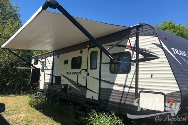 Trail Runner (Rent  RVs, Motorhomes, Trailers & Camper vans)