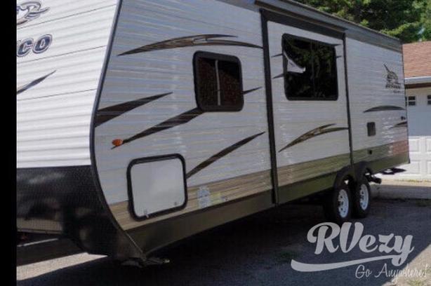 242BHS (Rent  RVs, Motorhomes, Trailers & Camper vans)