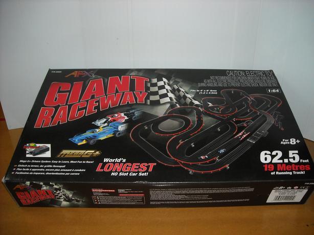 New AFX HO Giant Raceway Set