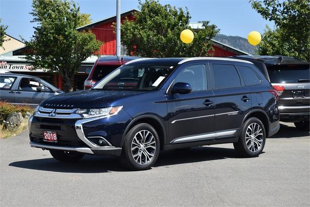 2018 Mitsubishi Outlander ES*SUNROOF**4WD*