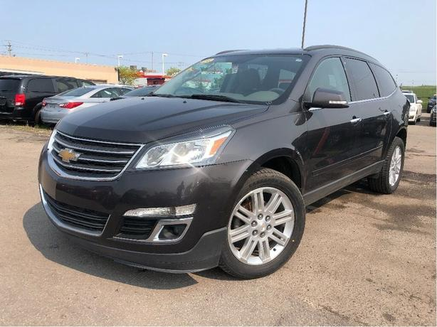 2014 Chevrolet Traverse 1LT | 8 pass | New tires| B/up cam