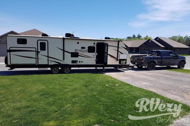 Kodiak ultralight (Rent  RVs, Motorhomes, Trailers & Camper vans)