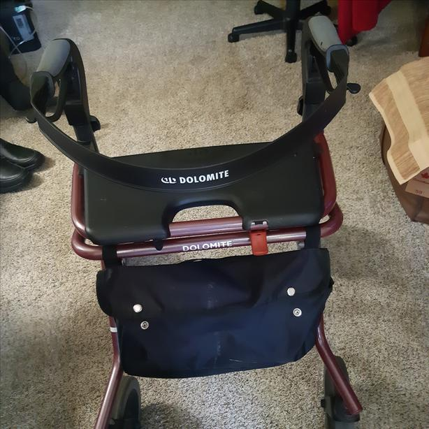 Dolomite foldable walker