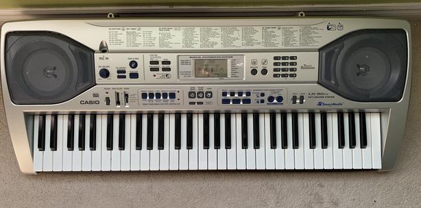 Casio Key Lighting  Musical keyboard LK90TV