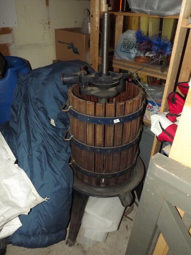 Wine Press, Grinder & Equipment