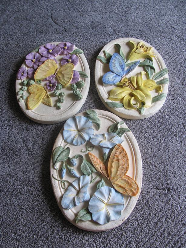 Butterflies & Flowers Wall Plaque Set Avon 2003 Gift Collection 3PC