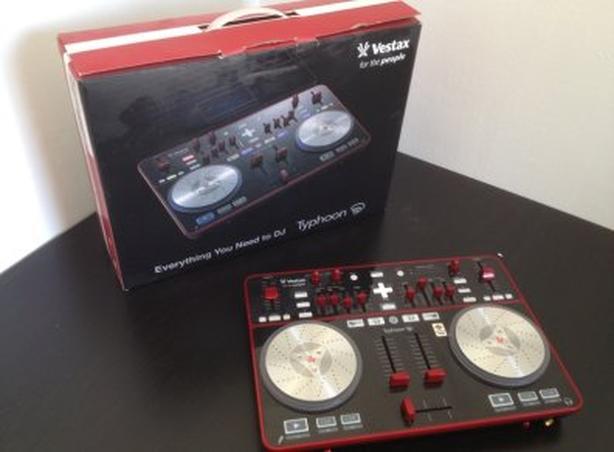Vestax Typhoon Midi Controller/DJ Controller