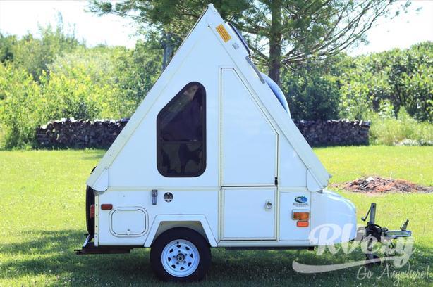 Alite 400 (Rent  RVs, Motorhomes, Trailers & Camper vans)