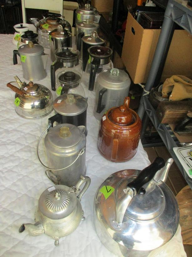 COFFEE AND TEA POTS FROM ESTATE