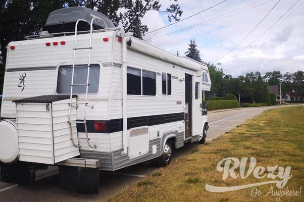 travelaire (Rent  RVs, Motorhomes, Trailers & Camper vans)