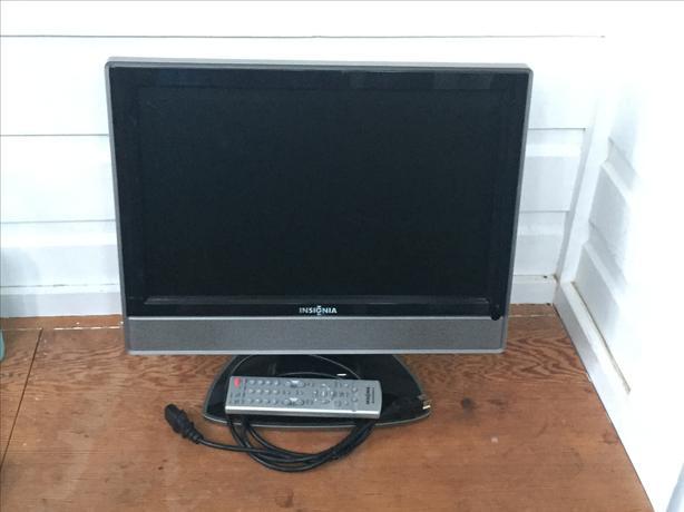 "Insignia 19"" LCD TV"