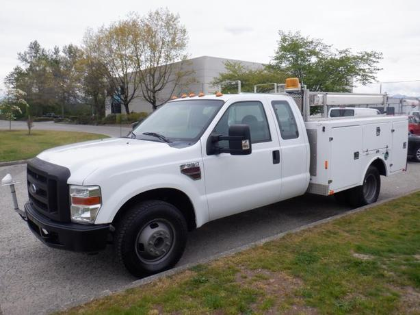 2009 Ford F-350 SD Service Truck Dually Diesel  2WD