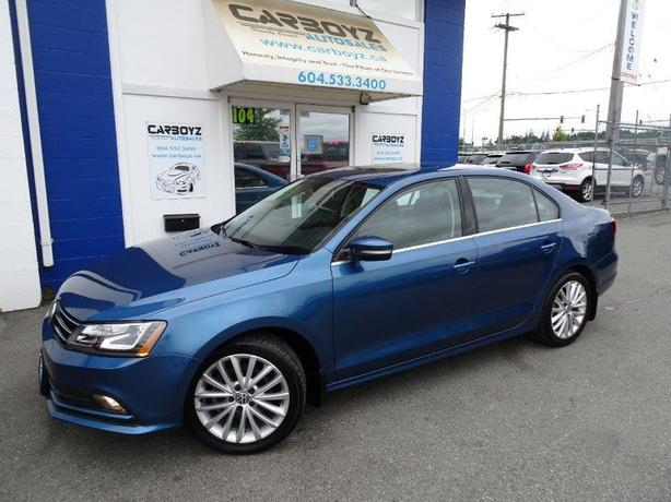 2017 Volkswagen Jetta Sedan 1.8 TSI Auto Highline, Nav, Tech, Roof!