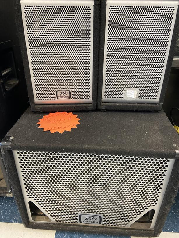 "Peavey triflex PA 15"" powered sub and two 8"" satellite speakers"