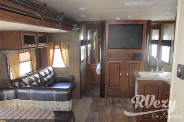 287QBS (Rent  RVs, Motorhomes, Trailers & Camper vans)