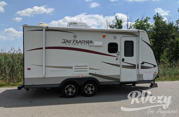 X18D (Rent  RVs, Motorhomes, Trailers & Camper vans)
