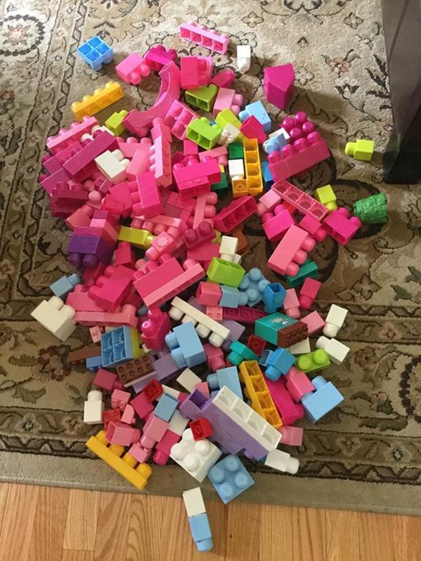 Large Collection of Mega/Duplo blocks
