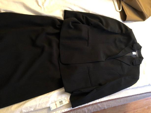Jones New York black skirt and vest set size 12