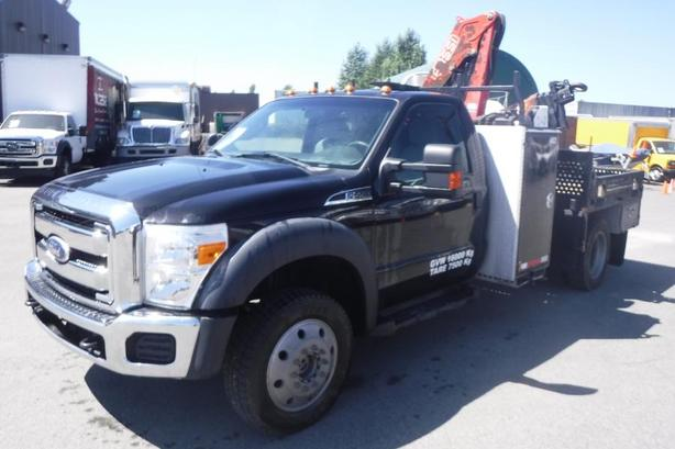 2011 Ford F-550 Regular Cab Flat Deck 6.5 Foot with Crane Dually 4WD